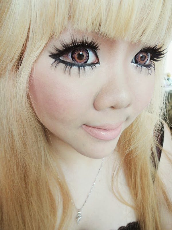 kimchi bambi pink colored contacts