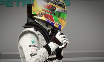 #11 F1 2013 Wallpaper