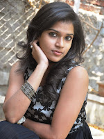 Model Bhargavi Photos at Pochampally Ikat art mela launch-cover-photo