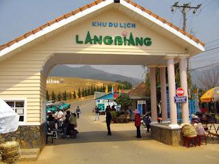 Puerta de entrada a Lang Biang