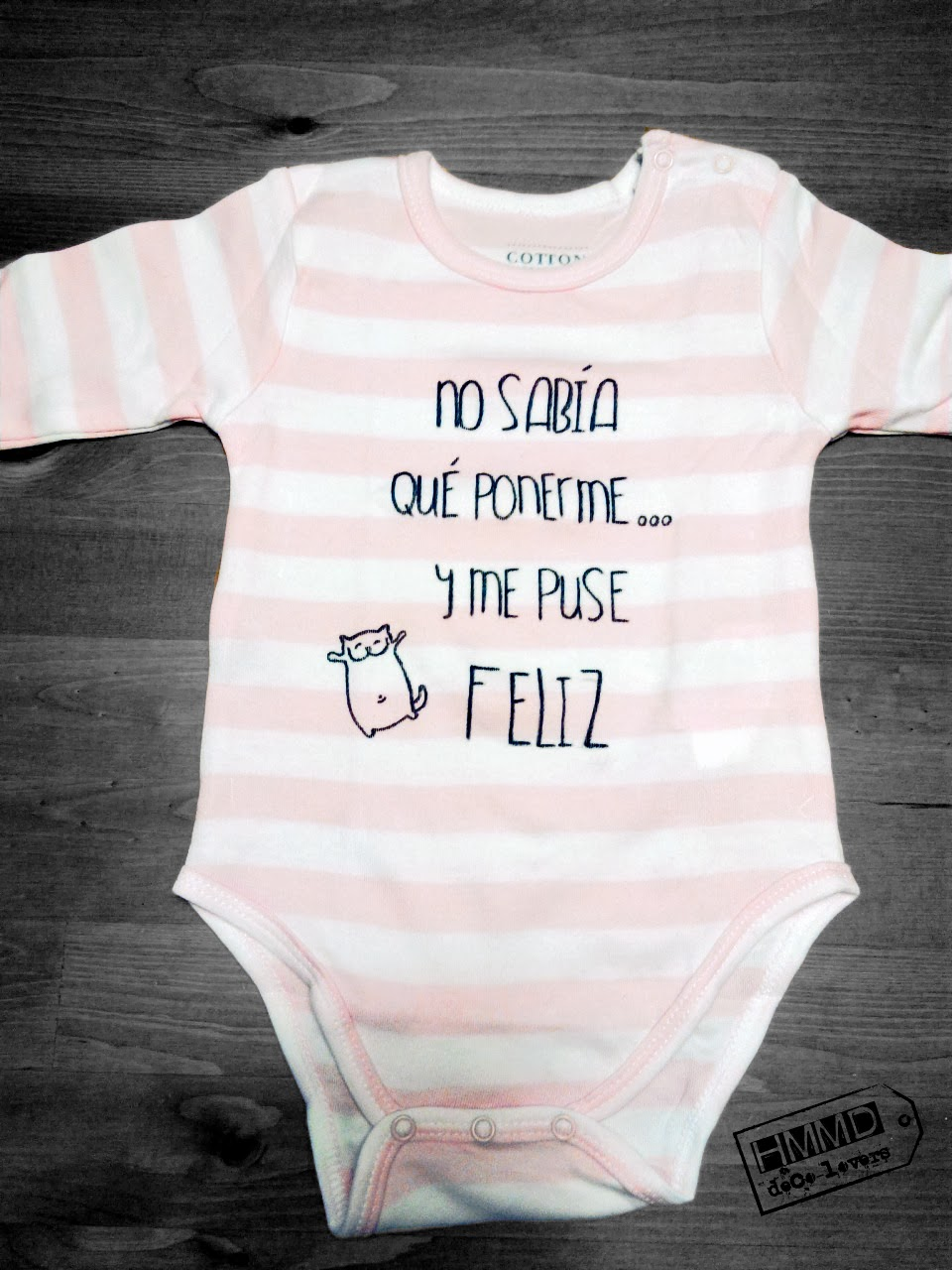 Bodys para bebés con ilustración de la Guerra de las galaxias, frases optimistas y gatos sonrientes. Imágenes tiernas para ropa de bebé. Ropita original y creativa para bebés. Stars war onesies for babies, cats and positive phrases, HMMD, Handmademaniadecor