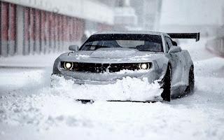Chevrolet-Camaro en la nieve