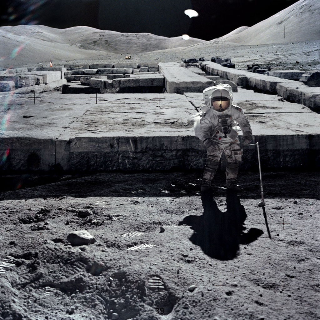 astronauts find structures on moon - photo #18