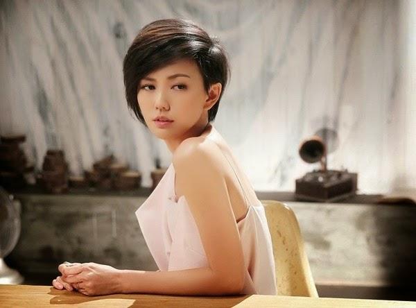 孫燕姿 2014 專輯「克卜勒」 (點選照片可連結到 iTunes Store)