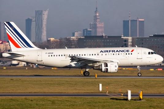 http://lotnictwo.net.pl/gallery/photo/aircraft-Embraer_190-100STD/airline-Ukraine_International_Airlines/reg-UR-EME/cn-19000614/foto-227050.html