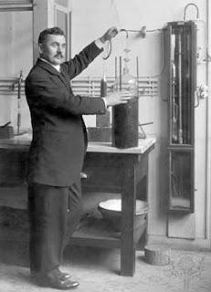 Biography of Irving Langmuir