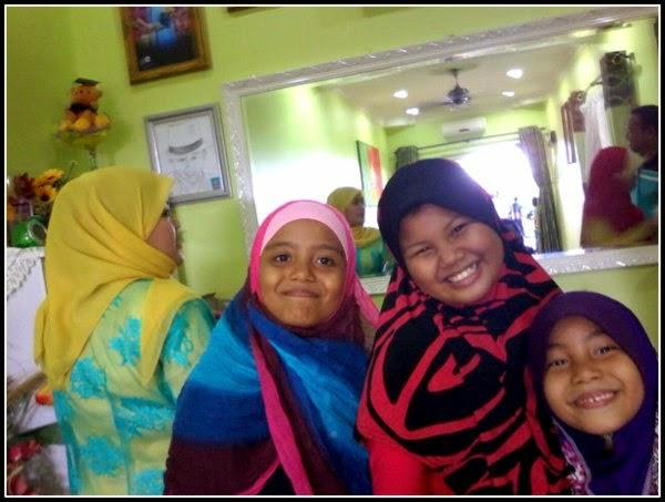 Sweet Muslim Kids