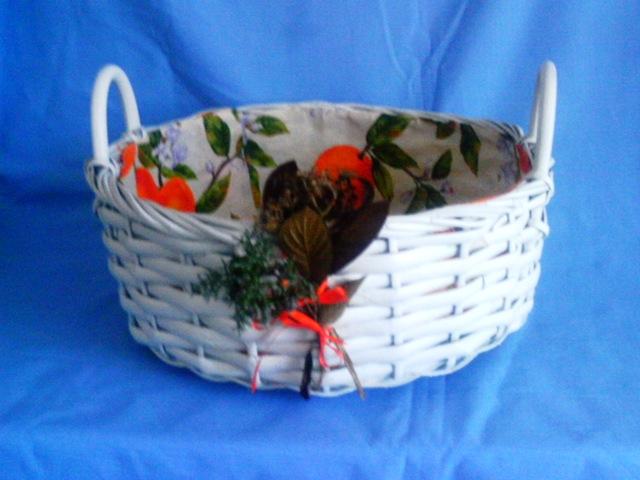 Reciclar en la casa restauro una cesta de mimbre - Reciclar cestas de mimbre ...
