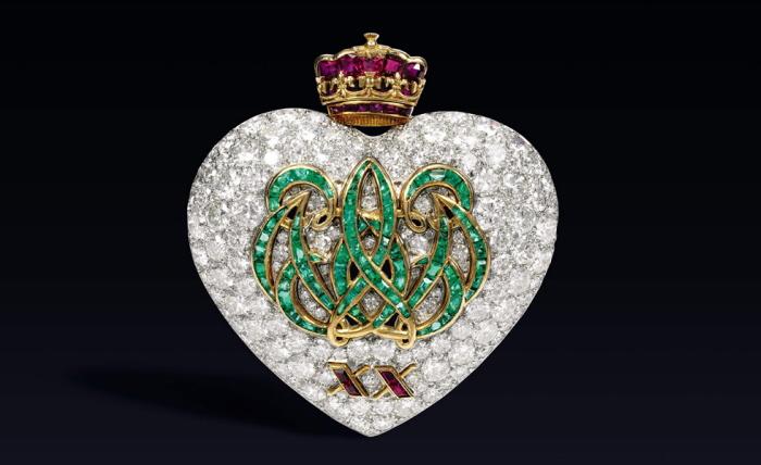 Ювелирные украшения с бриллиантами diamond jewelry