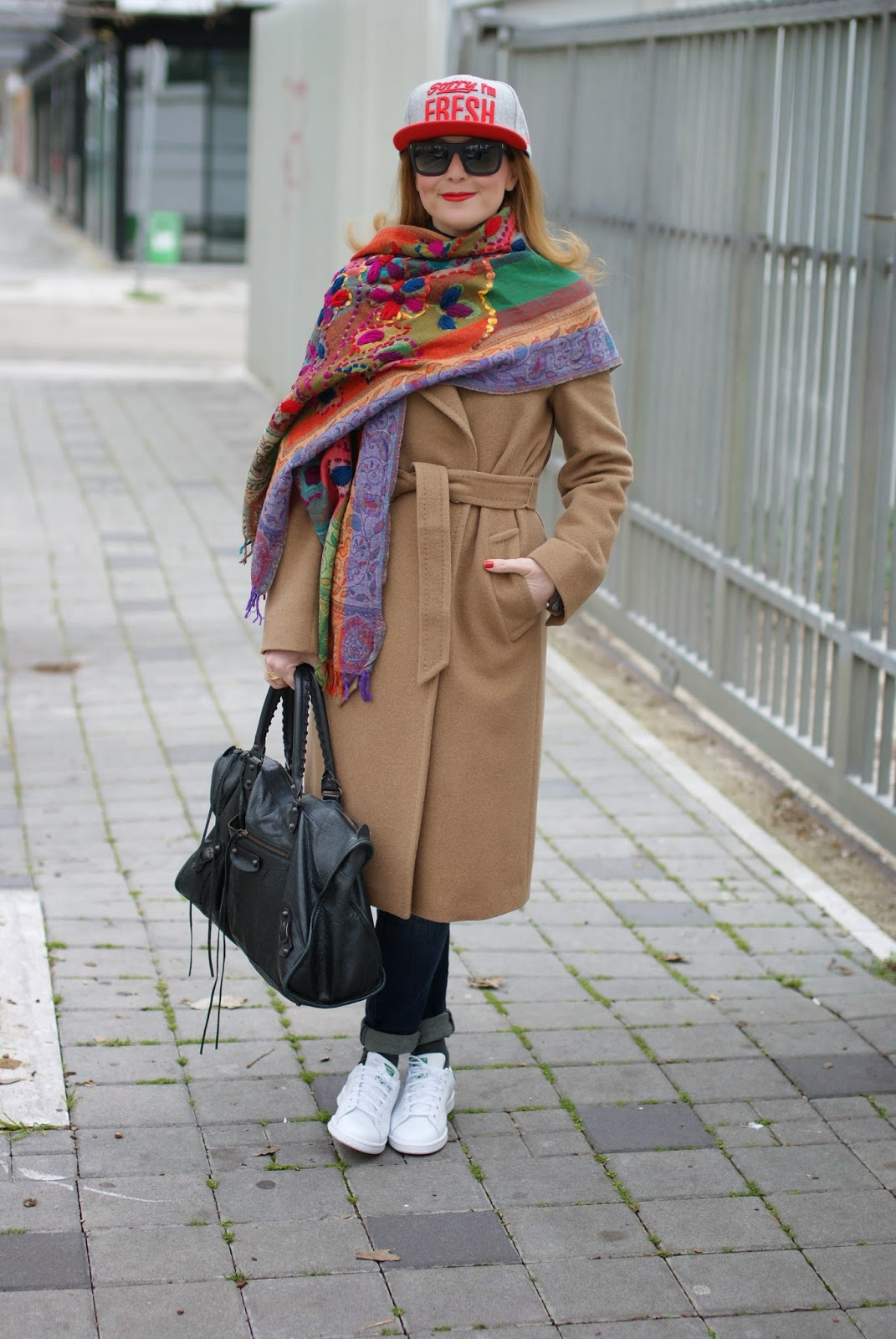 Max Mara camel coat worn with Adidas Stan Smith and Balenciaga Work bag on Fashion and Cookies fashion blog, fashion blogger italiana