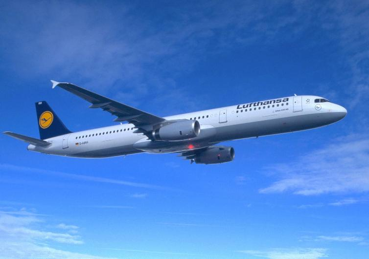 airline lufthansa companies Read reviews about lufthansa from industry experts and real consumers find the best airlines company for you.