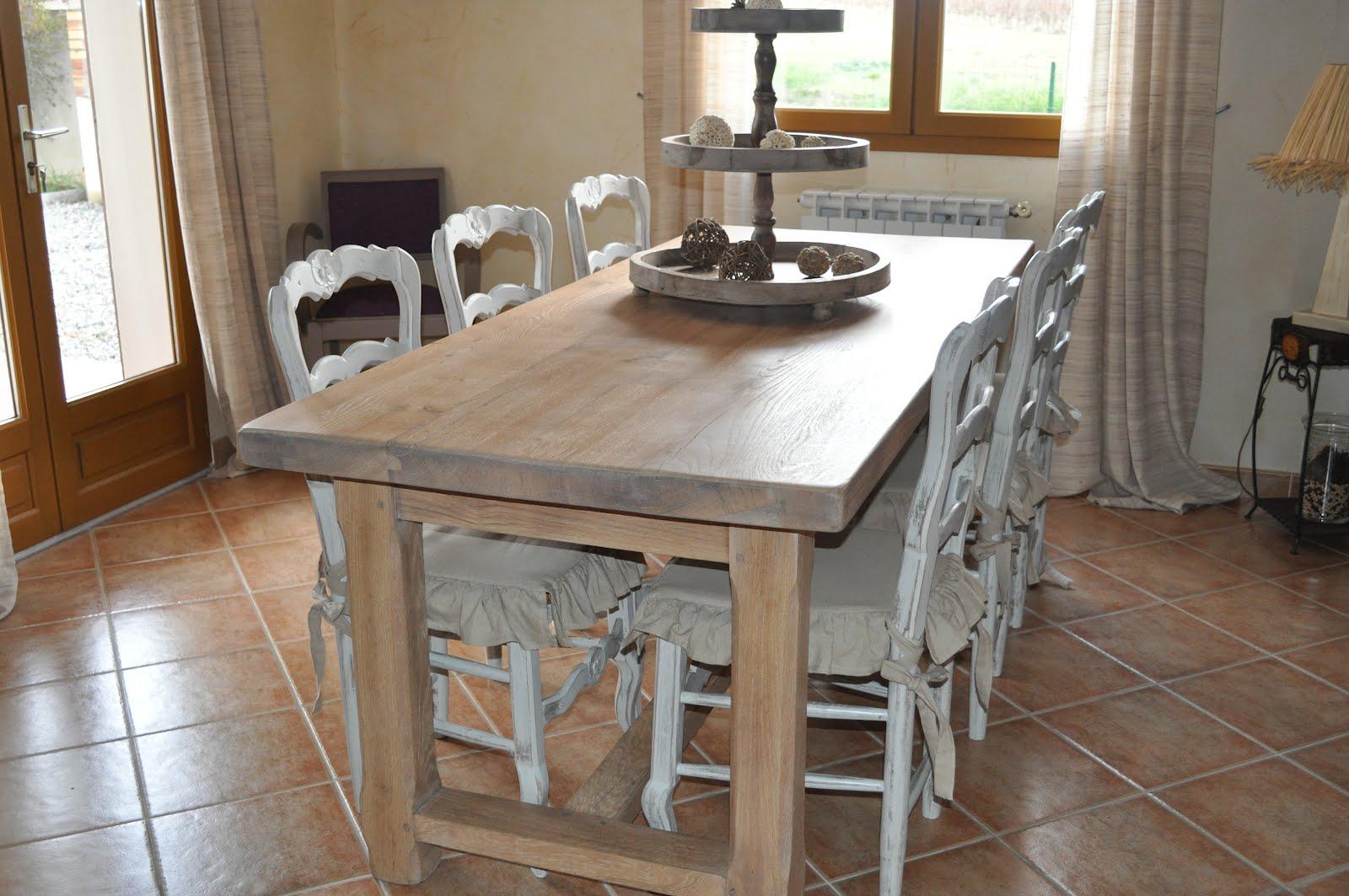 Bois et patines nathalie madrenes rajeunir des chaises style campagnard - Dessus de chaise en bois ...