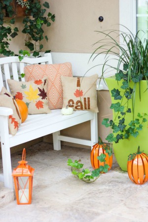 5 Steps to a Fabulous Fall Porch!
