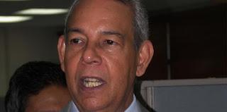 Luis Hernández promete mantener a SDE por sendero desarrollo