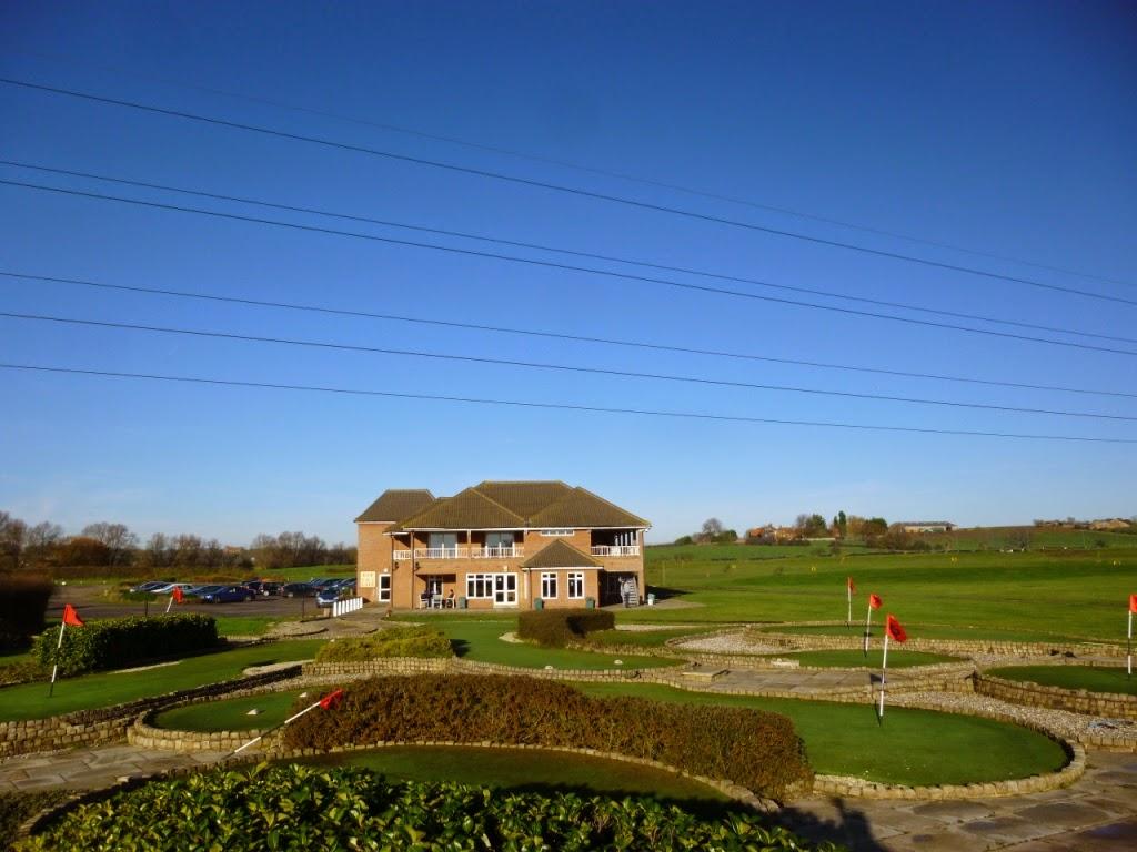 Minigolf at Dunton Hills Family Golf Centre in West Horndon, Essex