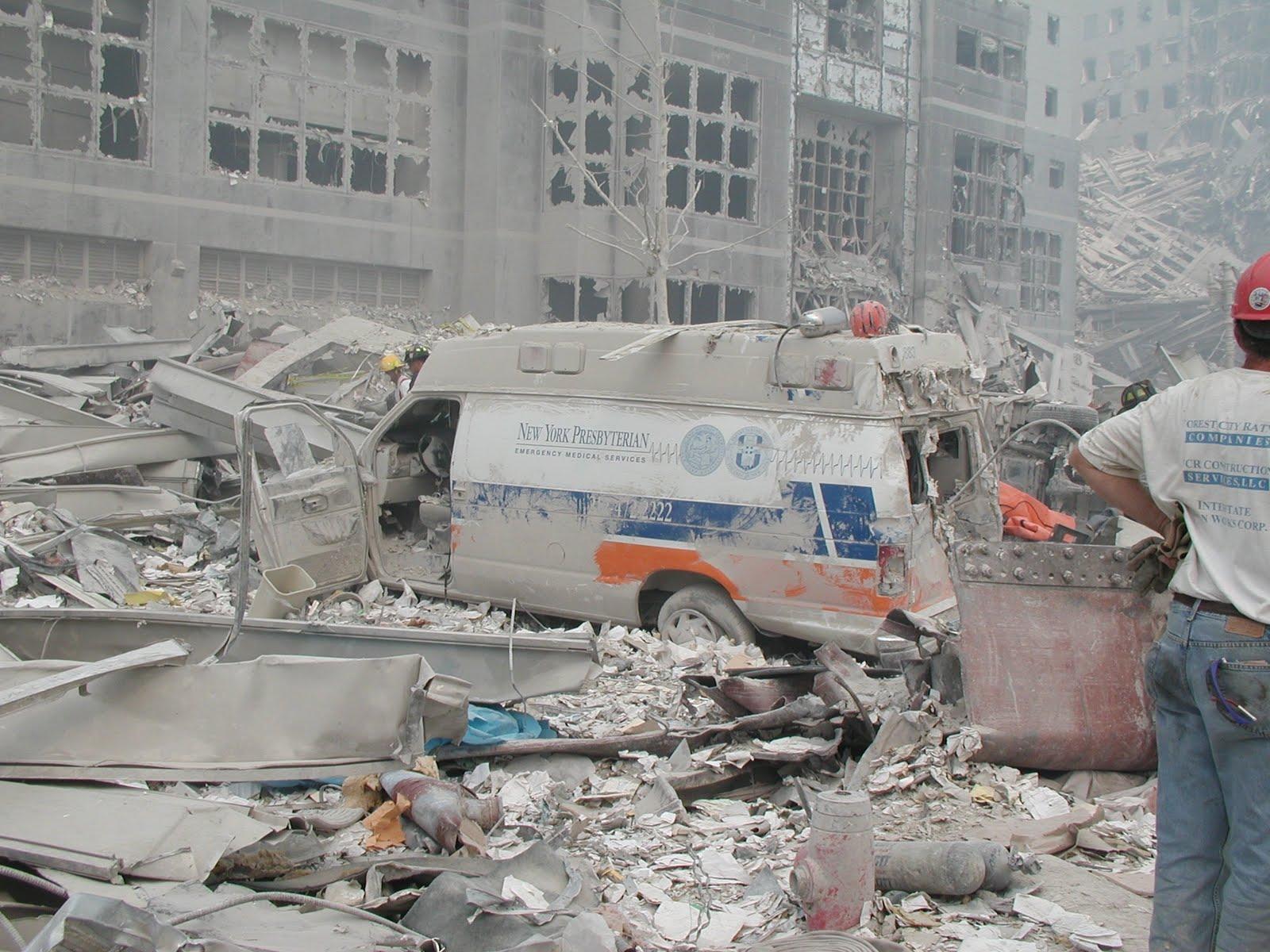 911 bodies hit ground - HD1600×1200