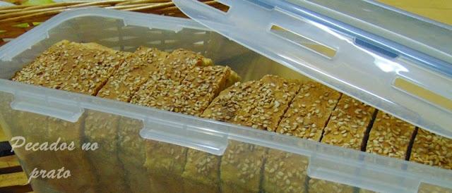 Como guardar o pão de sementes