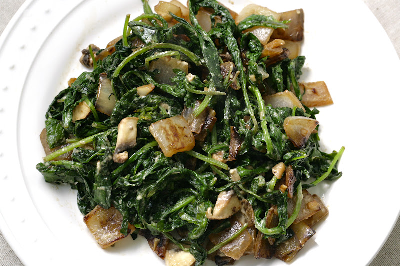 This is my Happily Ever After: Sauteed Kale with Tahini Sauce