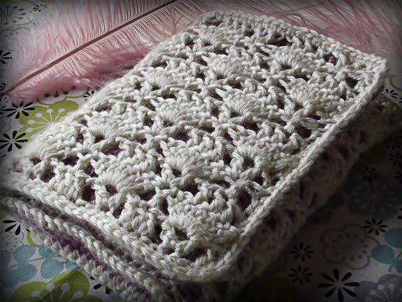 Living in Ivory: Crochet Tutorial #1