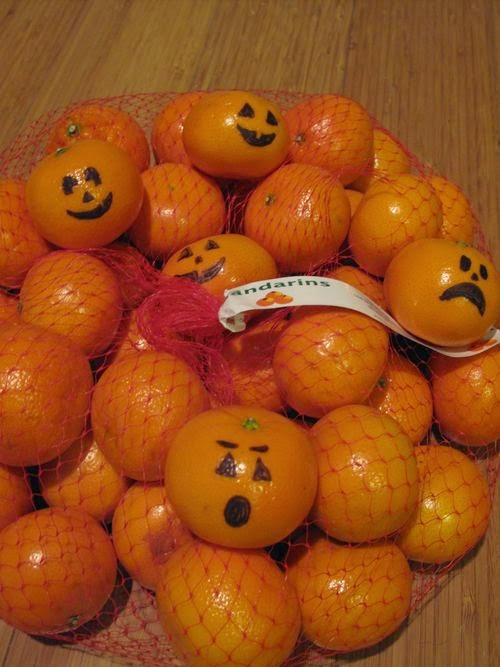 http://underconstructionblog.typepad.com/under_construction/2010/10/halloween-fruit.html