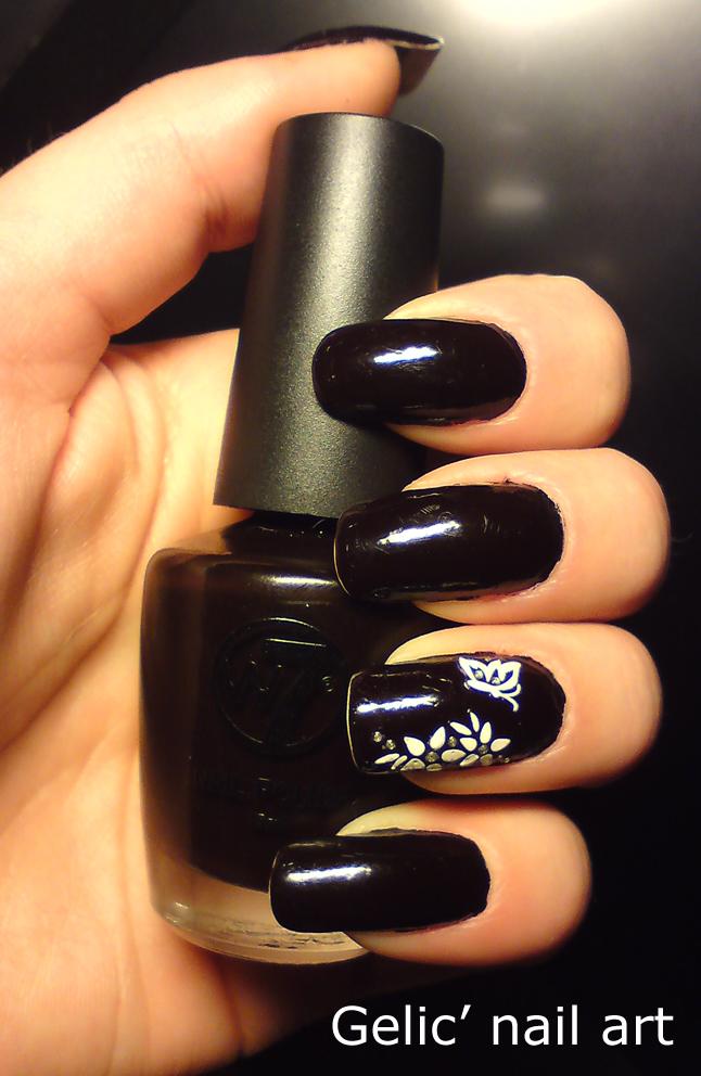 Gelic Nail Art W7 Black Cherry With White Flower Stickers