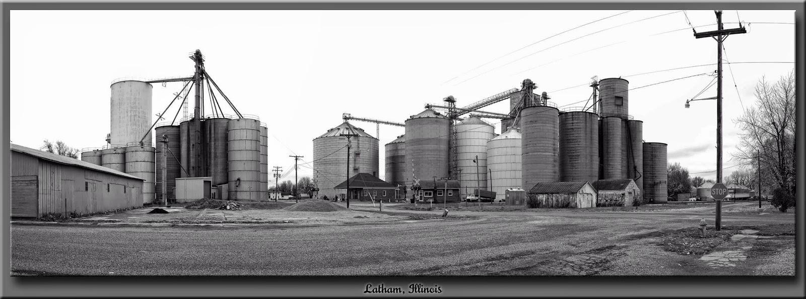 White apron latham - Latham Illinois