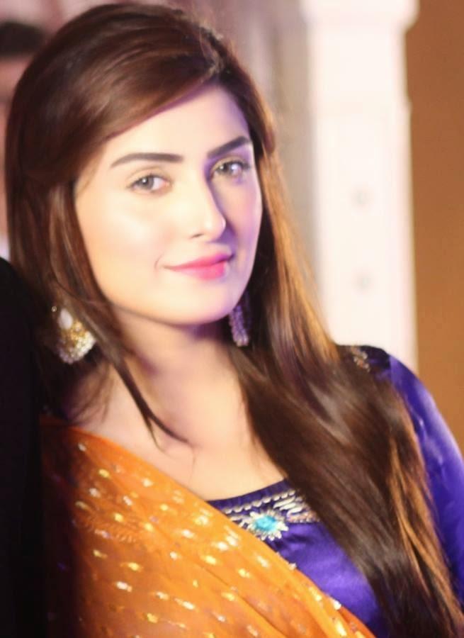 Pakistani Actress Aiza Khan Wedding