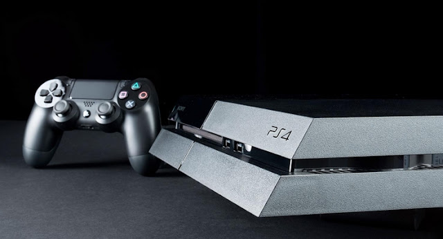 Playstation 4 ou PS4