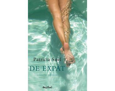 Maak van de wereld een bibliotheek recensie de expat patricia snel - Bibliotheek van de wereld ...