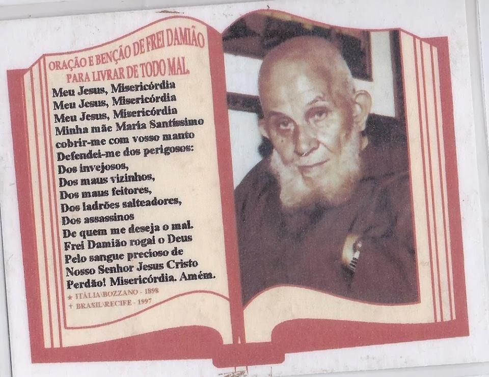 FUI  SÃO CRISTÃO E COROINHA  DE IGREJAS  AJUDEI A CELEBRAR MISSAS COM FREI DAMIÃO DE BOZZANO