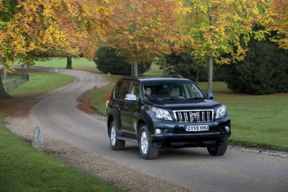 New Toyota Land Cruiser 2011. Toyota Land Cruiser 2010 V8.