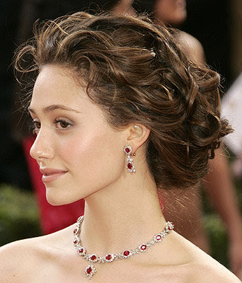 TOP 20 Celebrity Emmy Rossum Fashionable Hairstyles 06