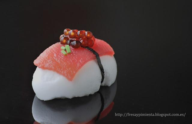 Fresa pimienta nigiri de nube japonesa con ventresca de for Ferran adria platos