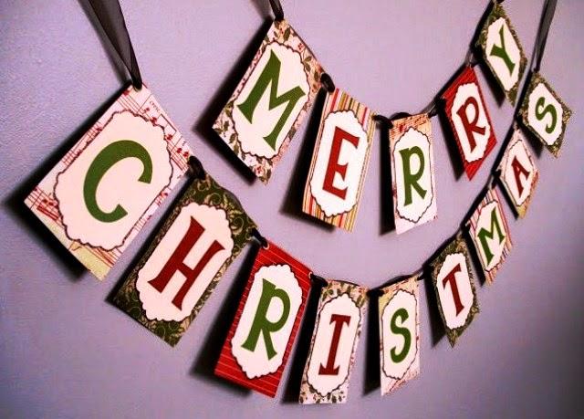 Membuat hiasan merry Christmas untuk Natal