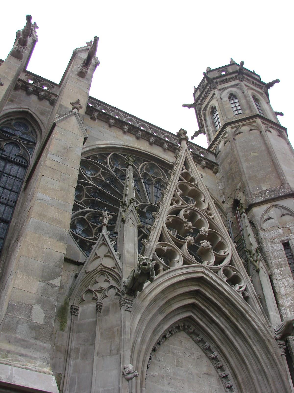Sur de francia diario de viaje en coche notas en mi for Arquitectura medieval
