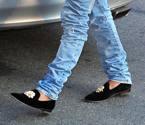 For Fashion Freaks Trending Gt Gt Velvet Slippers