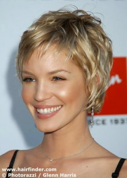 funky short hairstyles with color