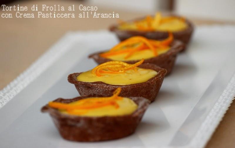 tortine di frolla al cacao con crema pasticcera all'arancia