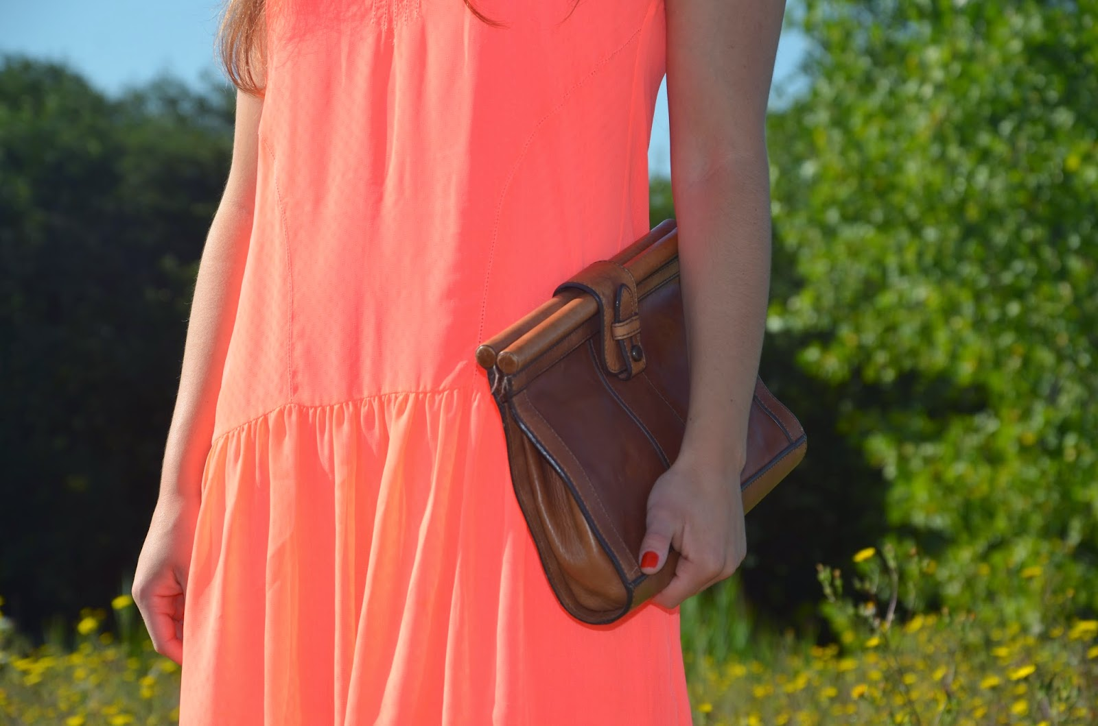 neon dolce vita drop waist dress + fossil clutch