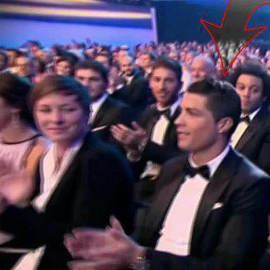 Cristiano aplaudiendo a Messi