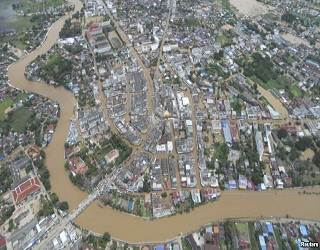 2012_Thailand_flood_photo_aerial_view