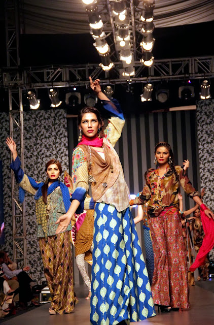 Faiza Samee Pakistan Fashion show