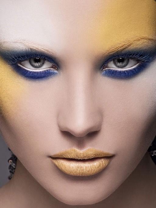 make up game-57
