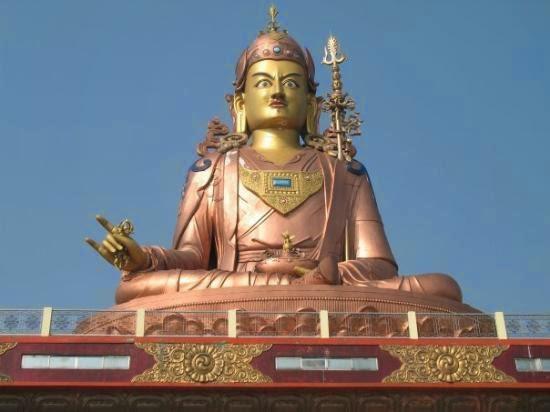 Guru Rinporchee Padmasambhava statue at Samdruptse