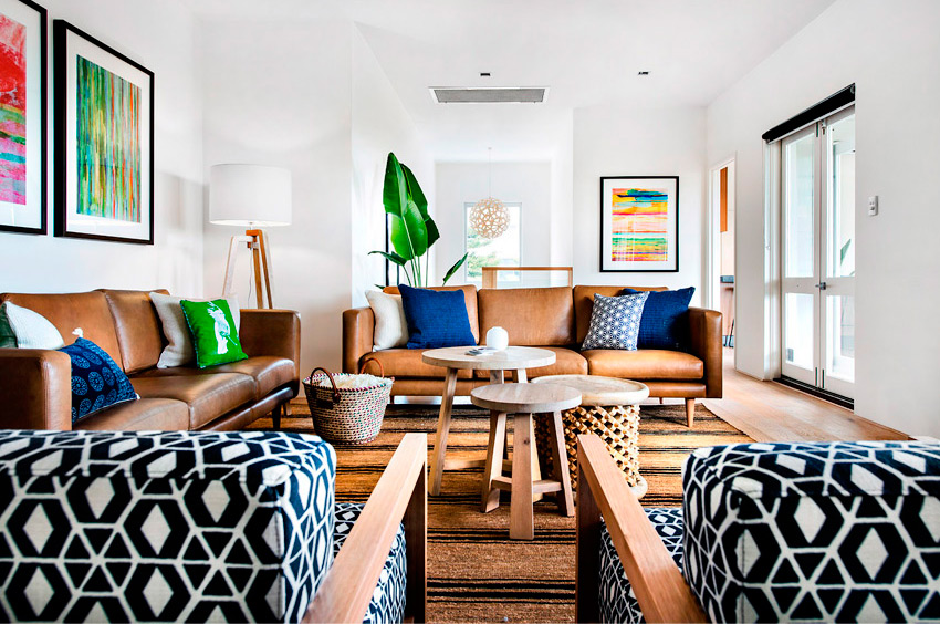 Swooning Over Swine additionally Display Home For Sunstate At Springfield Lakes Contemporary Kitchen Brisbane furthermore Wabisabi Residence also Dicas De Decoracao Para Uma Casa Moderna as well Blue Bedrooms. on beach house interior decor