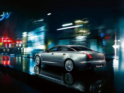 2011 Jaguar XJ Sentinel  Wallpaper
