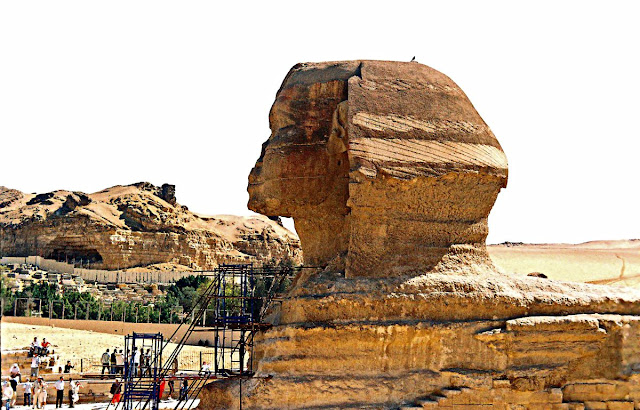 Sphinx at Giza side-view