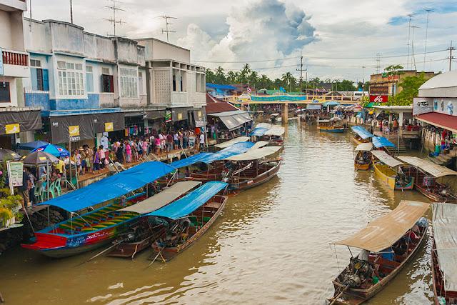 Market na wodzie - Tajlandia