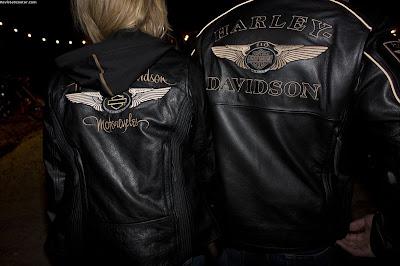 Línea de ropa y accesorios Harley-Davidson 110 aniversario