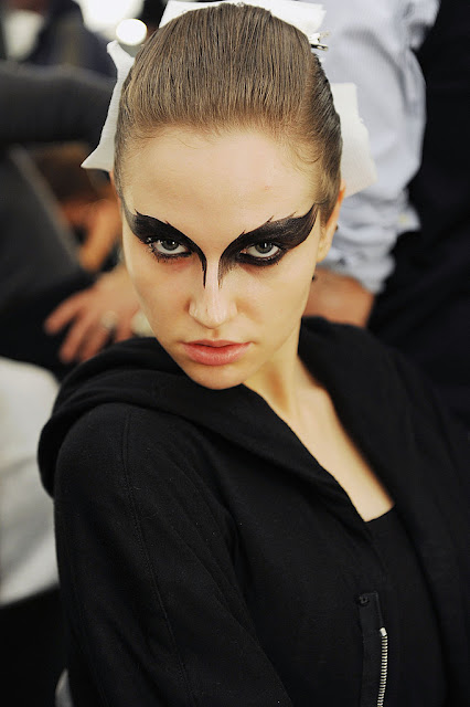 black swan make up